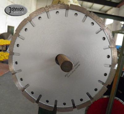 U Slot 210mm Tuck Point Diamond Blades With Decoration Hole Silver color